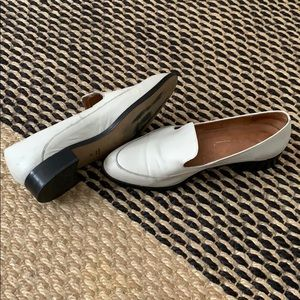 Intentionally blank white leather loafers